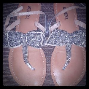 🍁🍂CLOSET CLEAR UP 🍂🍁Silver Sandals